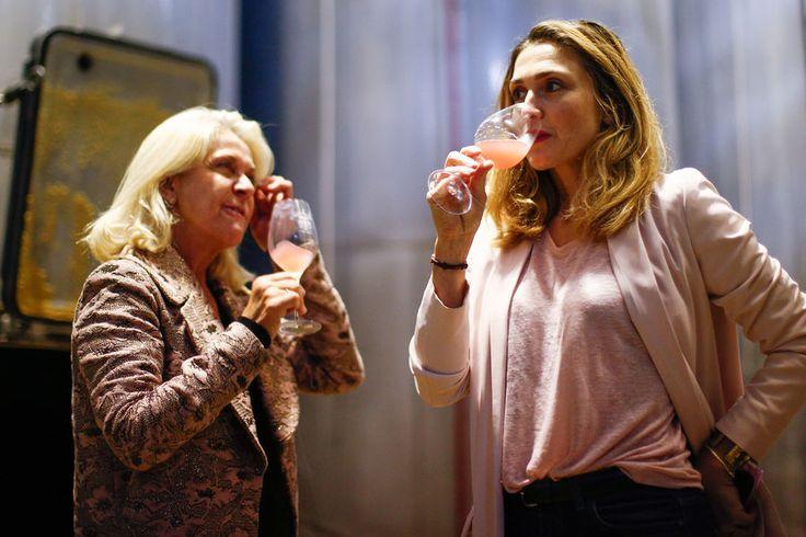 Julie Gayet s'implique pour Octobre rose