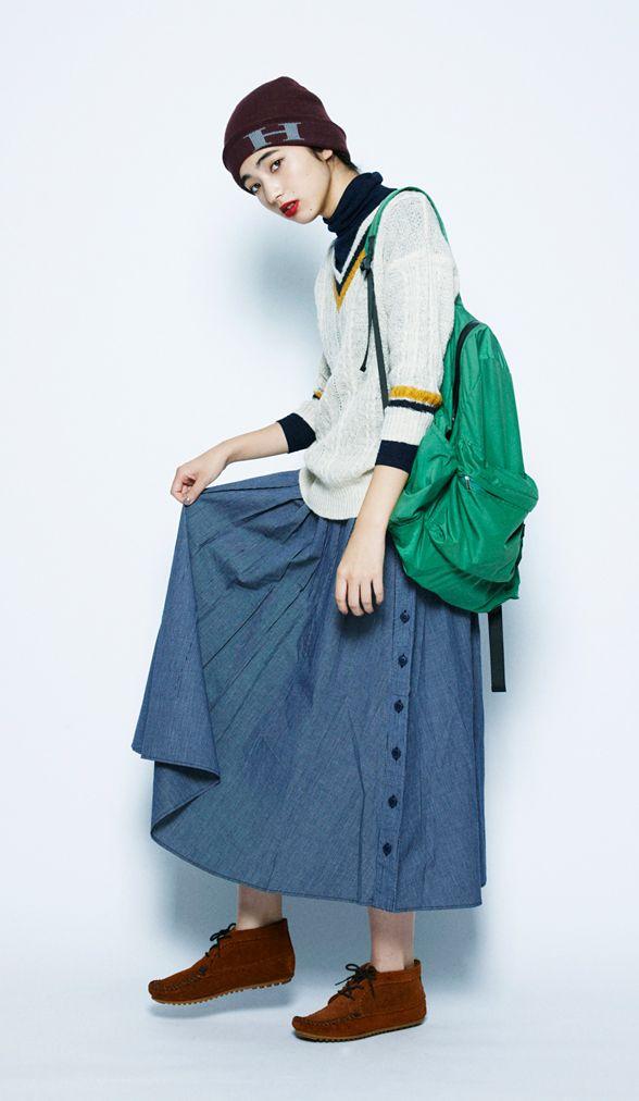 Sweater + skirt + boots + backbag