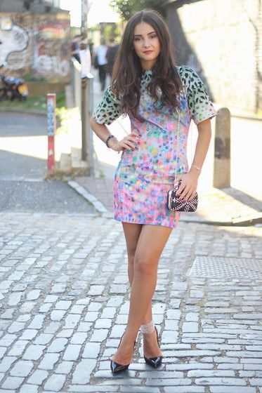 dresses with lepord clutch | Share on Facebook Share on Twitter Share on Tumblr Share on Pinterest
