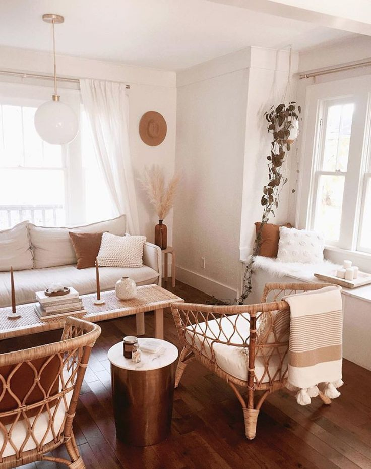 Bright Living Room With Natural Textures And Neutral Tones Cozy And Calm Interior Decoratin Living Room Decor Apartment Bright Living Room Rooms Home Decor