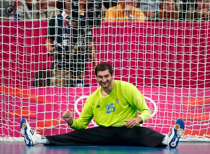 Day 16 - Croatia's goalkeeper Mirko Alilovic celebrates winning their men's bronze medal handball match against Hungary at the London 2012 Olympic Games at the Basketball Arena . MARKO DJURICA/REUTERS