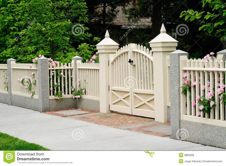 brick column and white fence with gate | Elegant Gate and Fence on House Entrance. Wood, granite, brick. Rose ...