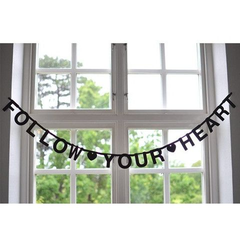 OMM Design - DIY Black Word Banner