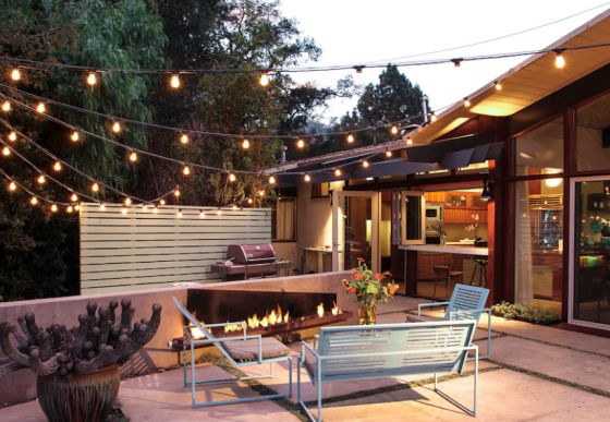 How to Create Curb Appeal | Alexandria Lifestyle. #alxlifestyle #curb #appeal #outdoor #home #decor #lights