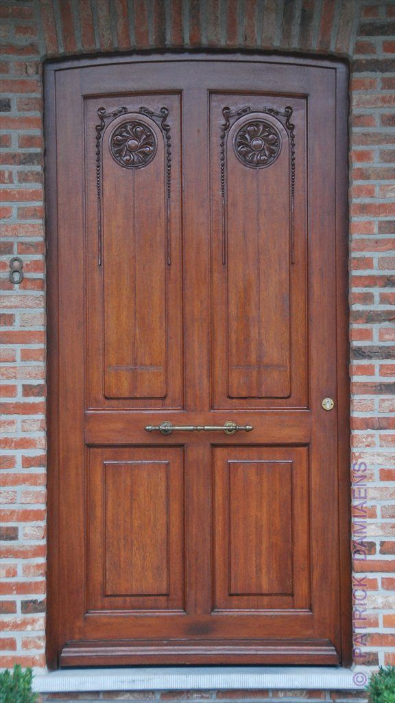 17 best images about doors and portals architectural for Wood carving doors hd images
