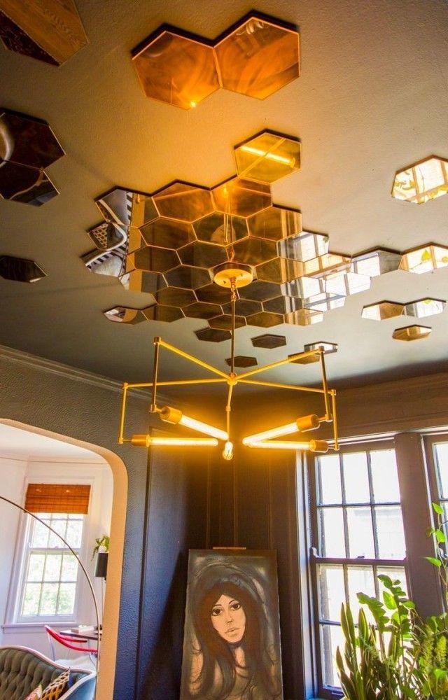 Декор в цветах: желтый, светло-серый, темно-зеленый, коричневый, бежевый. Декор в стиле арт-деко.