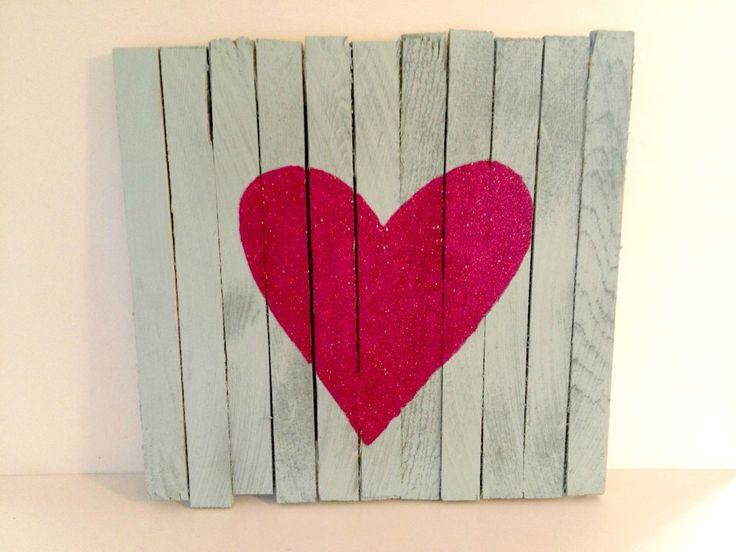 heart pallet art