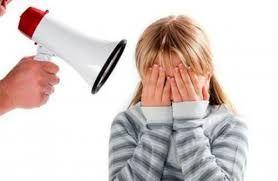 #здоровье #счастье #счастливыеродители  #счастливыеродители@happywisewomanclub -------- Почему мы кричим на детей?  Очень часто замечаю, что мамы порой ведут себя очень агрессивно со своими детьми – кричат, швыряют, давят на них... Я ведь тоже, когда очень сильно устаю, начинаю повышать голос на старшую дочь. Это бывает не часто, но все же бывает. Потом на душе становится очень мерзко и приходит раскаяние: «Надо было сдержаться... Ребенок ни в чем не виноват...» Почему мы кричим на детей?…