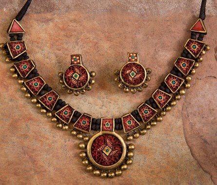 Handmade terracotta jewelry painted in maroon & gold https://www.facebook.com/KavisTerracottajewellery