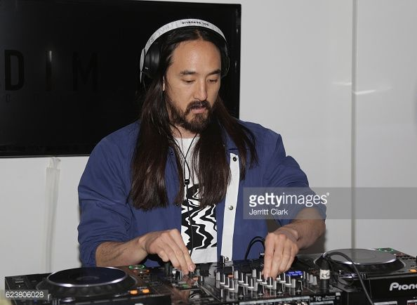 News Photo : Steve Aoki spins his Pre-Launch Celebration Of...