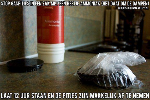 Gebruik een beetje ammoniak om gaspitjes schoon te maken, laat 12 uur staan. De pitjes zijn dan makkelijk af te nemen. Meer tips op: www.goedeschoonmaaktips.nl