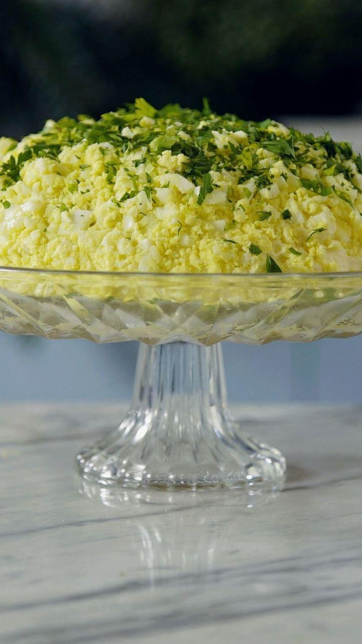 Uma ótima ideia de salada refrescante, saborosa e cremosa de atum!