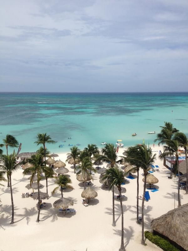 If you think you've experience all-inclusive pampering, think again. This resort in Aruba redefines all-inclusive with unique alternatives.