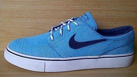 Kode Sepatu: Nike Stefan Janoski Blue  Ukuran Sepatu: 41 Harga: Rp. 600.000,- Untuk pemesanan hub 0831-6794-8611