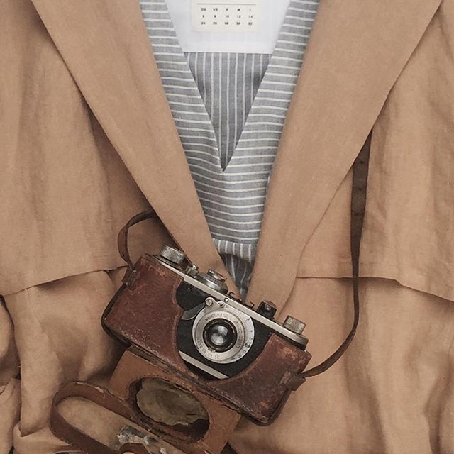 #shjark #classics #leica #thecompleteoutfitter #cameraporn #35mm #summertrench #linenlove #madeinnz