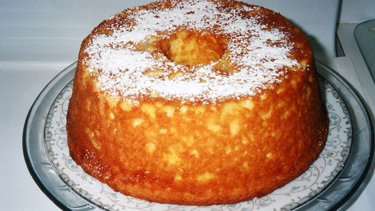 Make and share this Pineapple-Sour Cream Pudding Cake recipe from Genius Kitchen.