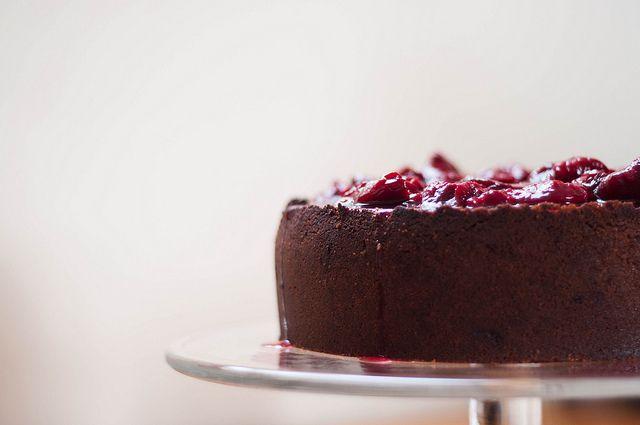 black doris plum & vanilla cheesecake