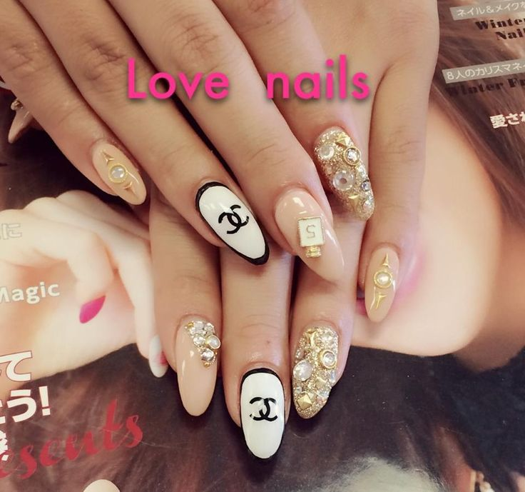 Framed Nail Art Designs For Nail Salons: Best 25+ Las Vegas Nails Ideas On Pinterest