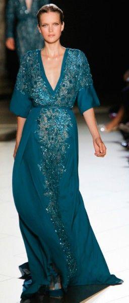 Vestidos de festa azuis   Dicas de sapatos e acessórios. 45 modelos, curtos, longos e estampados para você brilhar!