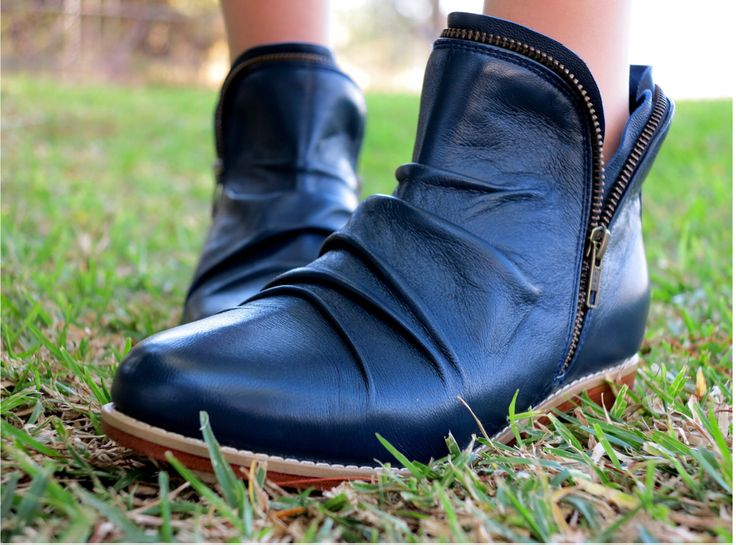 MIDNIGHT BOOT |   Womens Ankle Boots / Custom Boots / High Quality Leather / Size: EU 36 - 41 by SpencerBootsAU on Etsy https://www.etsy.com/au/listing/386665544/midnight-boot-womens-ankle-boots-custom