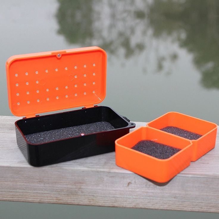 10 * 6 * 3.2cm Plastic Fishing Box Carp Fly Fishing Tackle Box Earthworm Worm Bait Lure Fishing Accessories * More info could be found at the image url.