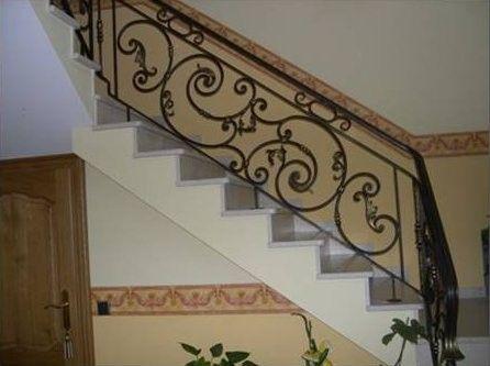 exemples de rampes d 39 escalier en fer forg ferronnerie bertho escaliers pinterest d. Black Bedroom Furniture Sets. Home Design Ideas
