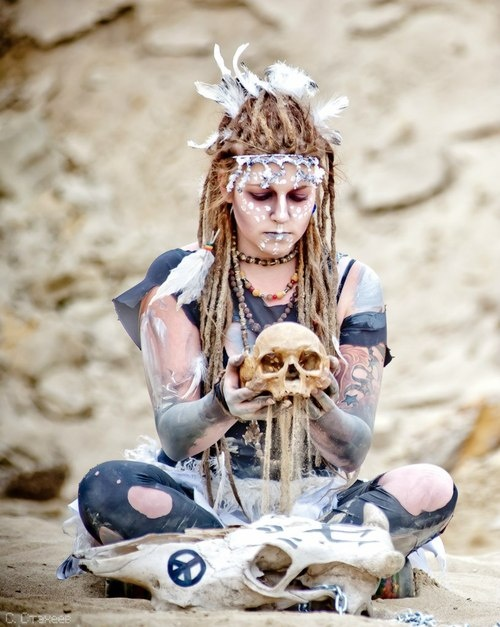 I want to draw this!!  Wasteland Shaman +dreadstop @DreadStop #dreadstop