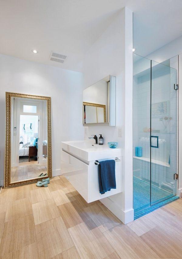 Badspiegel Mit Beleuchtung Sind Praktische Accessoires