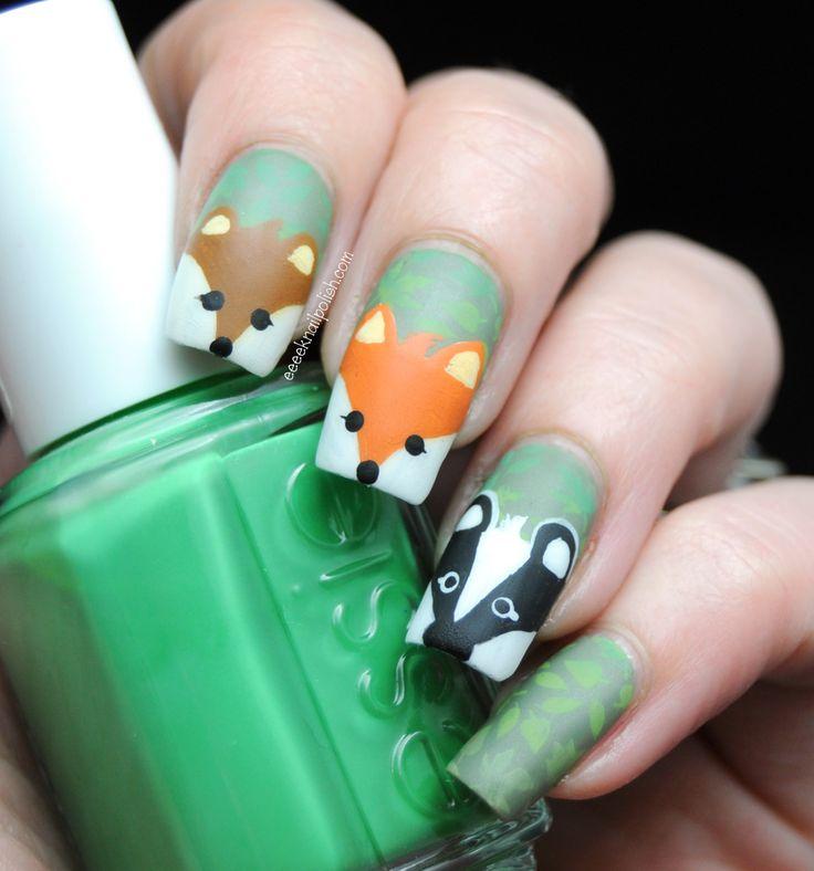Animal nail art: bear, fox, badger.