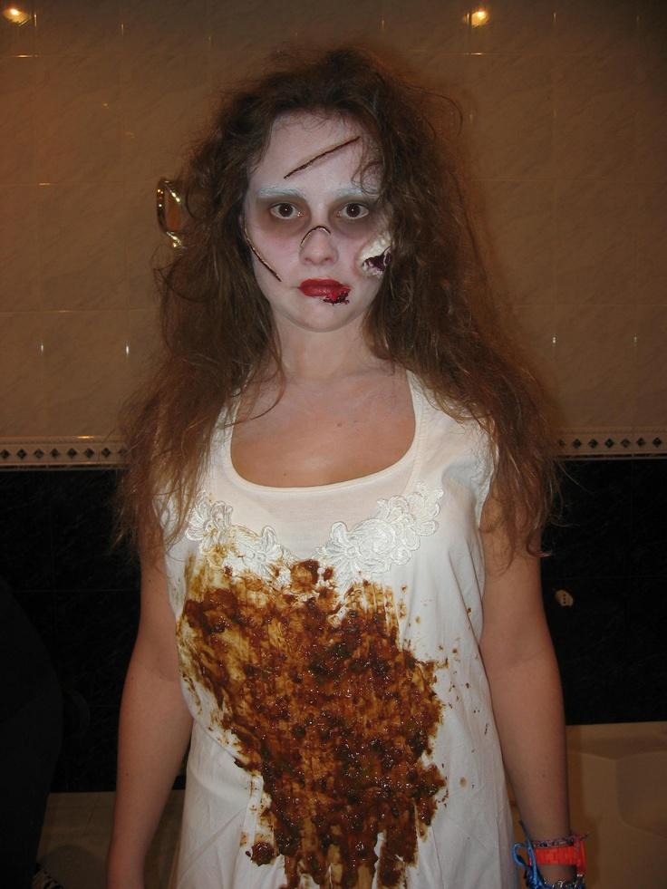Disfraz niña del exorcista.