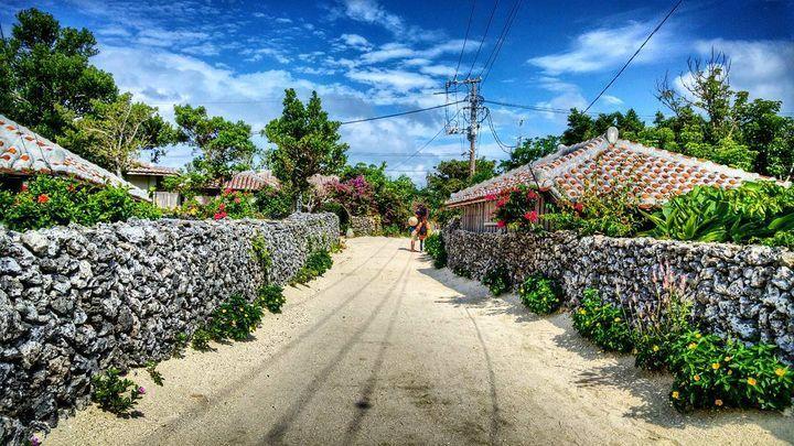沖縄を愛する者が教える!昔ながらの原風景が残る「竹富島」観光プラン