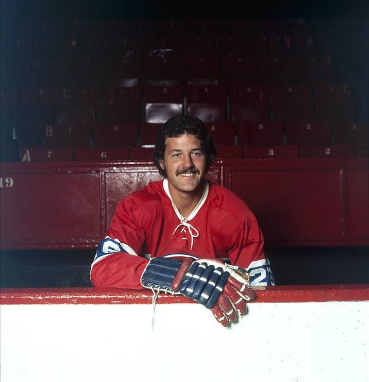 Pierre Bouchard : Surnommé « Baby Butch » en l'honneur de son père Émile, Pierre Bouchard a passé huit ans à Montréal, jouant un rôle important au sein de l'équipe qui a dominé le hockey dans les années 1970. Sélectionné au cinquième rang du repêchage amateur de 1965, le défenseur de 6 pieds, 2 pouces et 205 livres a disputé son hockey junior à Montréal avant de passer chez les professionnels à l'âge de 19 ans.