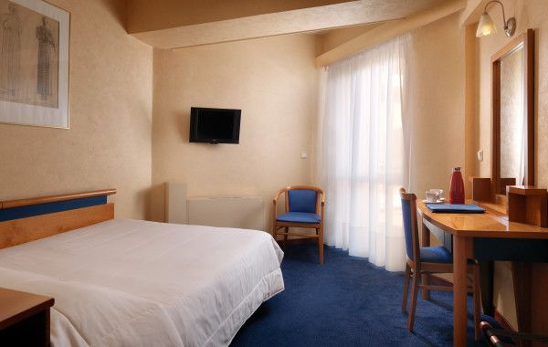 Our comfortable and functional single #rooms are a great value for guests traveling for business or pleasure.