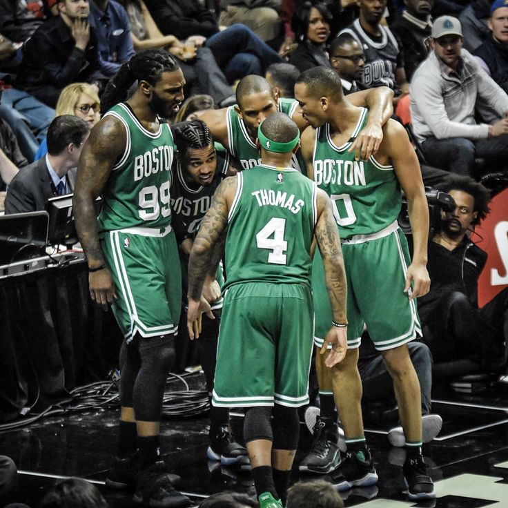 Boston Celtics won last night! Basketball is about the only sport I don't watch (I used to play the sport but I don't anymore). I do love watching College Basketball though. I love a few of the New York sports teams, but I live in NE so I am a huge Pats fans and I'm also a Celtics fan.