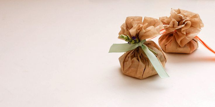 Your clothes will thank you for making these easy, homemade, scented sachets.