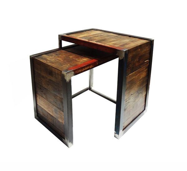 Mesas auxiliares en angulo metalico con madera reciclada