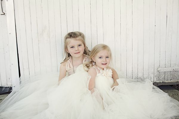 Love the puffy tule for the flower girls