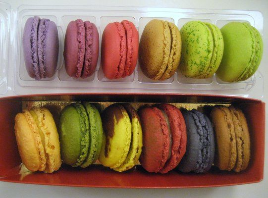 Boutique Point Macarons