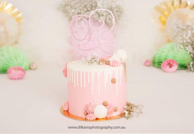 Pink & Gold Cake Smash Cake