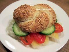 Zelfgebakken broodje gezond.