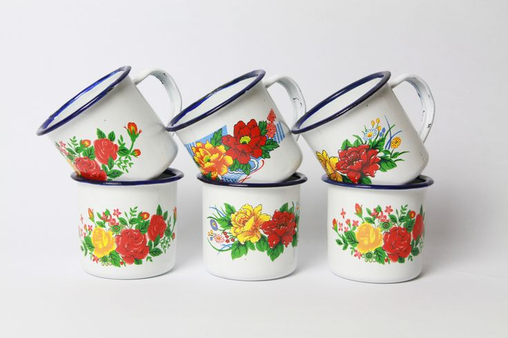 I am so intrigue with the retro series especially with the enamelware from www.2peasinapot.com