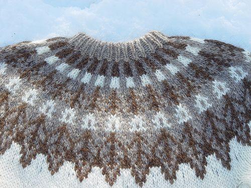 Ravelry: Project Gallery for Ár trésins (Design 41) pattern by Jóhanna Hjaltadóttir