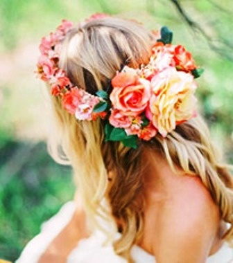 Bride's long curls with peach flower crown wedding hairstyle ♔