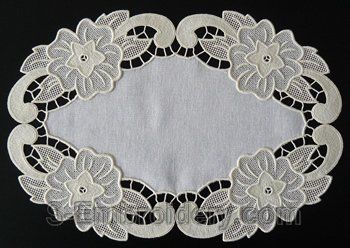 SKU 10576 Free standing lace floral doily