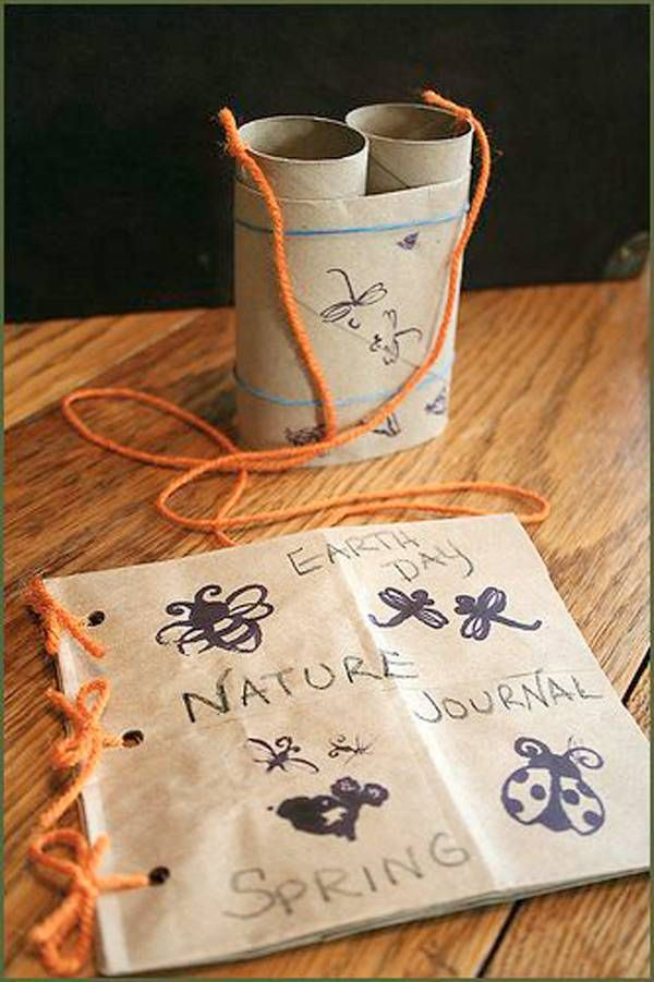 Cute kids idea to get the interested in nature. Reuse Reduce Recycle and celebrate Earth Day!!