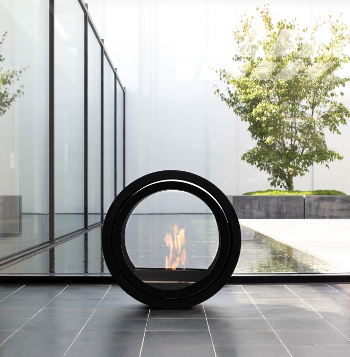 Roll Fire By Conmoto: Beautiful Bio Ethanol Fireplace Which Rolls To Where  You Need