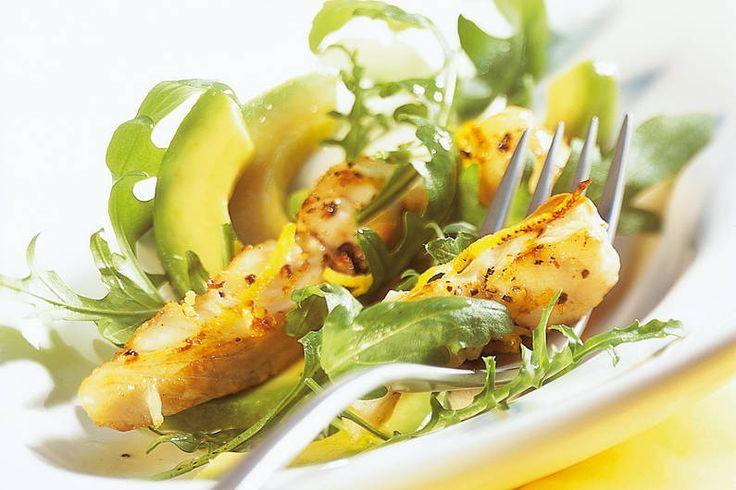 Das Rezept für Knusperfisch auf Rauke mit allen nötigen Zutaten und der…
