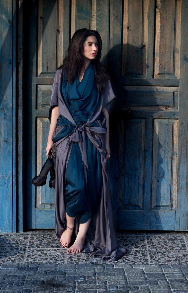Pakistani Hot Celebrity: Mahira Khan - Pakistani Actress and Super Model