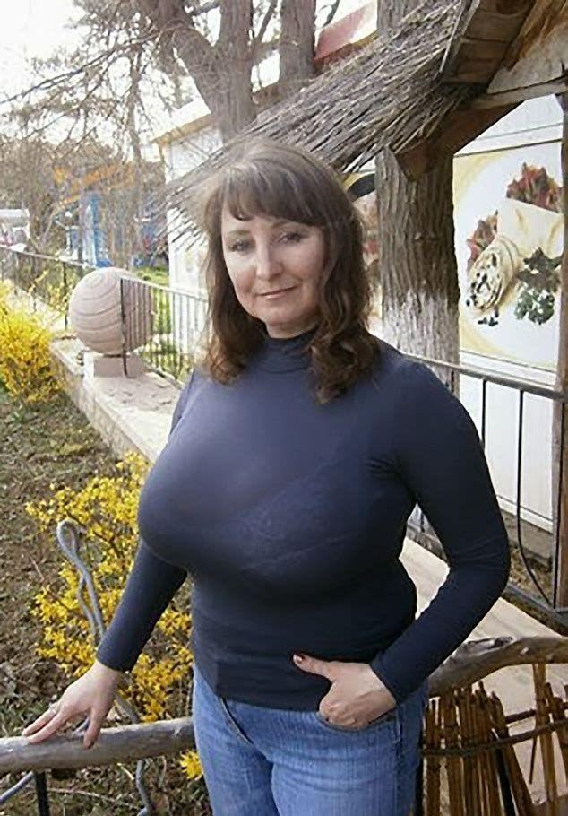 Зрелые стоячая грудь альтернатива?