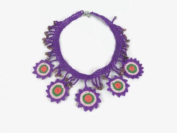 Crochet Flower Necklace   / Statement Neclace  / Boho by Nakkashe